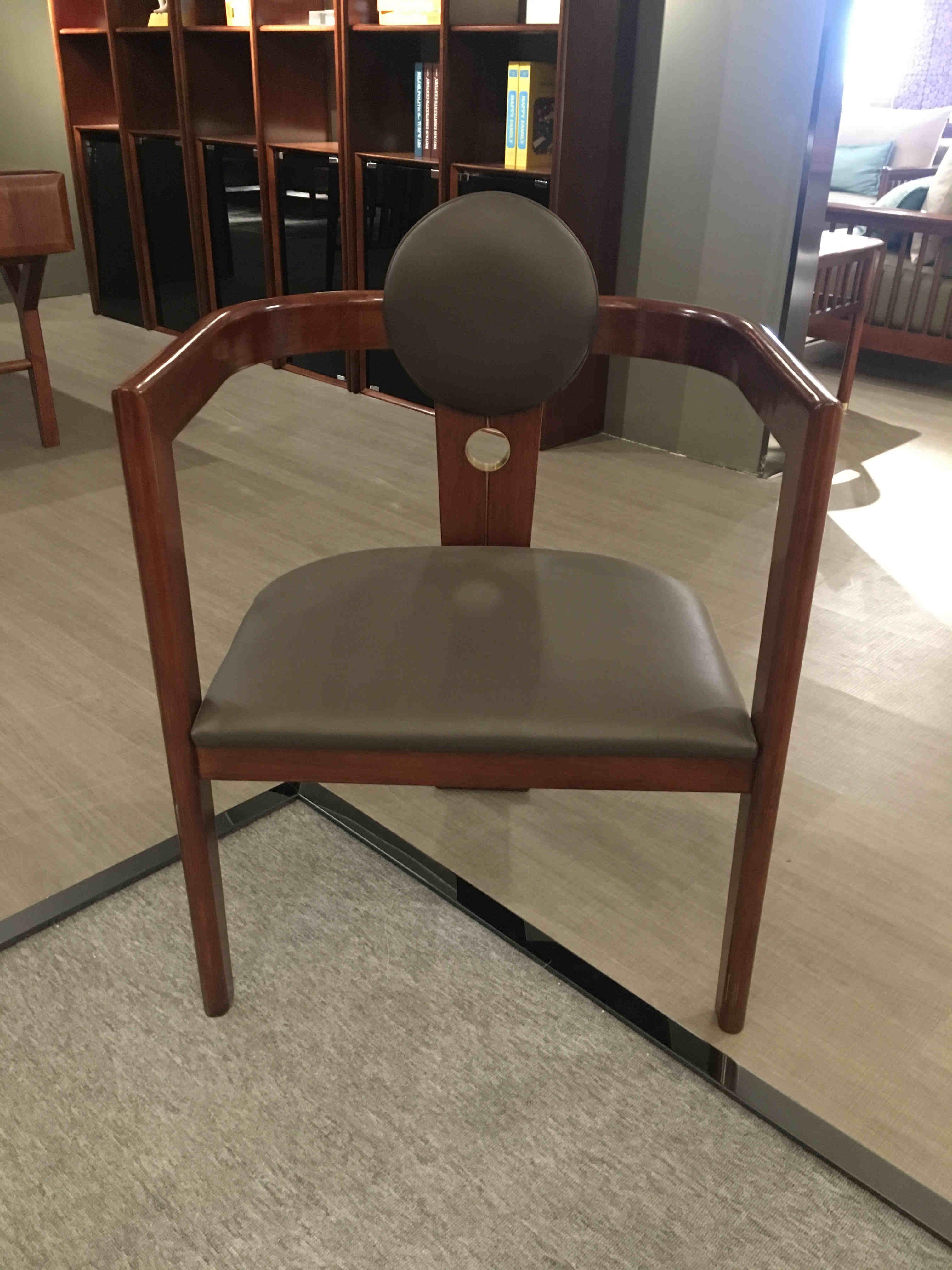 FP03餐椅.jpg