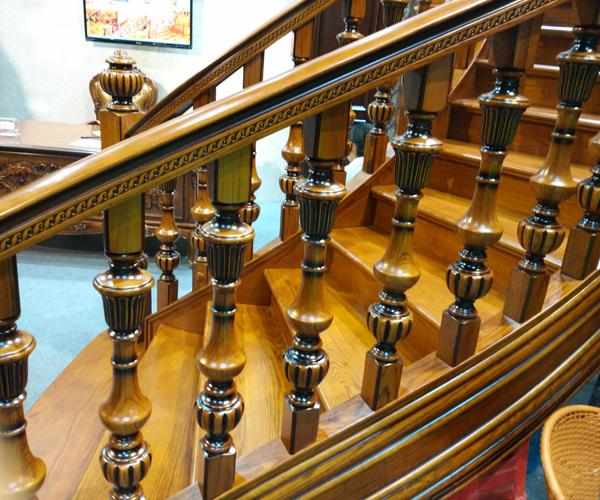 原木樓梯4.jpg