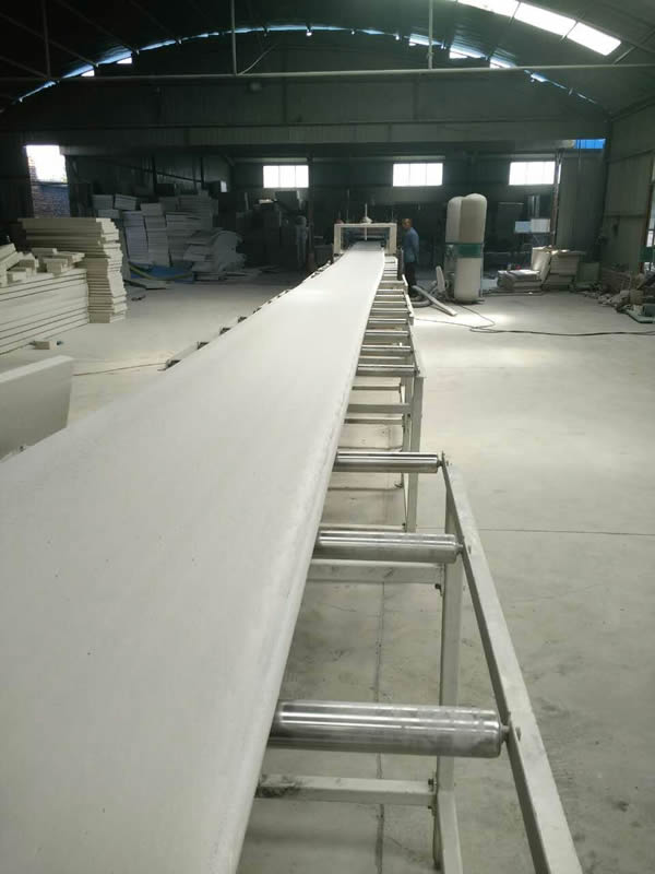 Extrusion board production line