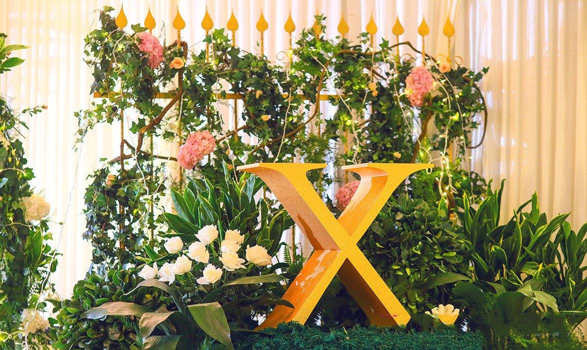 充满生机的春天森系婚礼《绿光森林》-签到台
