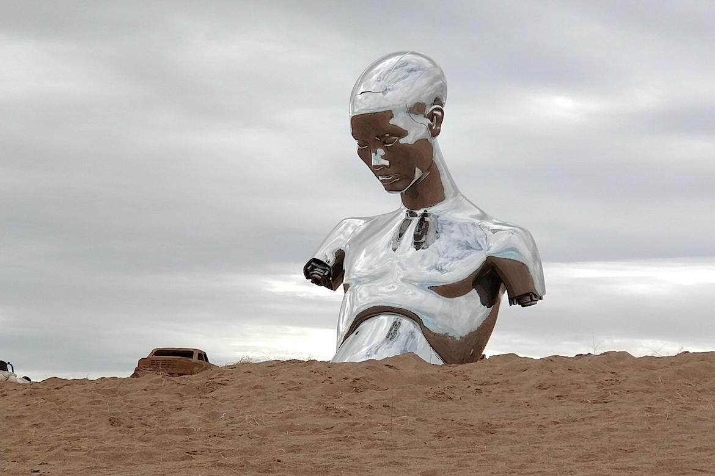 不銹鋼鏡面雕塑